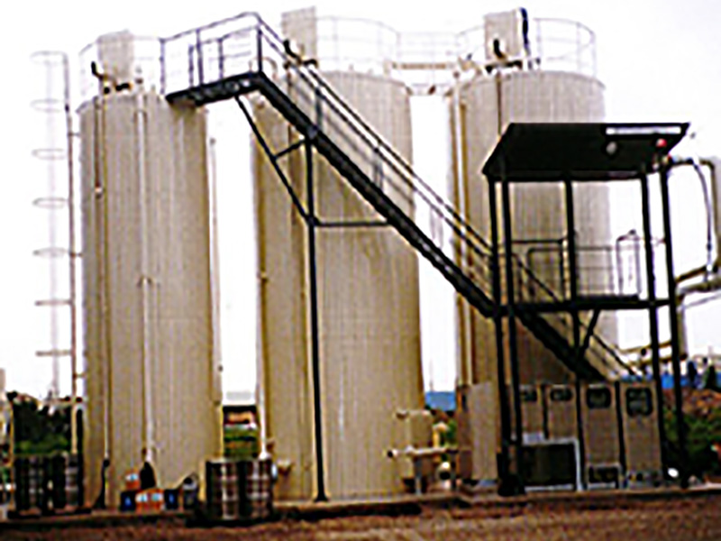 アスファルトタンク 乳剤タンク